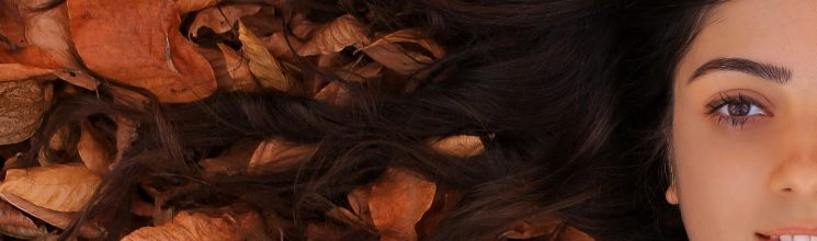 Why is my hair falling out? : 7 Reasons for excessive hair fall